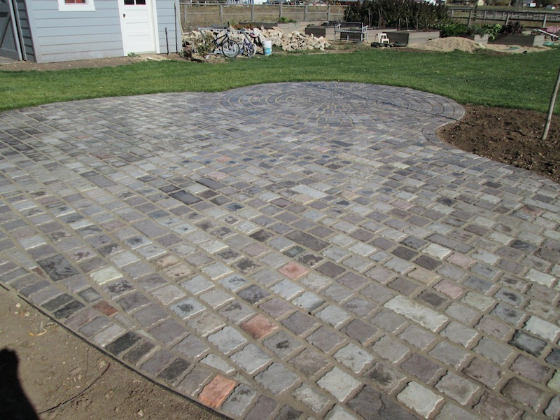 Garden Cobblestone Molds (12) Make Pavers Patios Walls Walks For Pennies 6x6x1.5