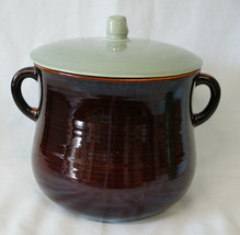 Red Wing Village Green Large Bean Pot - $45.43