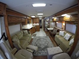 2006 Holiday Rambler Endeavor 40PDQ For Sale In Benton, AR 72019 image 4