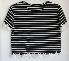 Crop Black and White Striped Top with beautiful embroidered flower trim ... - $9.89