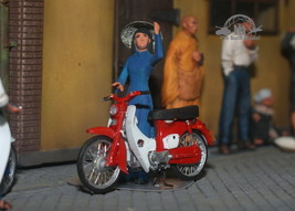 South Vietnam Saigon Civilian girl & Honda Cub Vietnam war 1:35 Pro Buil... - $163.35