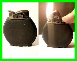 Vintage 1930s 1940s U.S. WWII Evans Spitfire Petrol Lighter Black Crackl... - $72.74