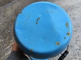 "VTG Enamelware Pail Kettle Blue Stock Pot Lid Wood Handle 10"" Estate camping image 9"