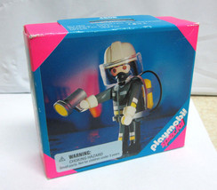 Playmobil Special 4608 Fireman w/ Flashlight Brand New in Box Rare - $17.99
