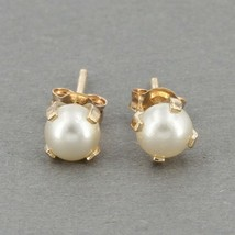 SMALL 10K Yellow Gold 4mm Cultured Pearl Stud Earrings 0.4 Grams - $19.99