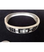 Brushed Silver Tone Oval Bracelet Hinged Bangle Geometric Embossed Black... - $12.30