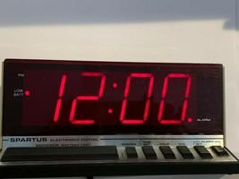 Spartus Electronic Digital Alarm Clock Hi Tech Model 1150 VINTAGE Works Red LED - $18.69