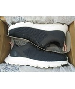 BNIB The North Face Sestriere Trail Running Shoes, Women, Size 6.5, Navy... - $79.20