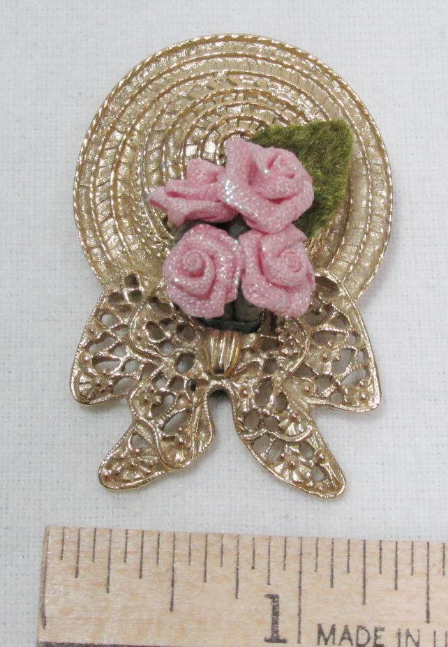 Straw Hat Pin Brooch Pink Cloth Flowers Leaf & Filigree Bow Gold Tone Jewelry