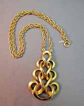 """VTG Crown Trifari Necklace Pendant Chain Gold Plated Scrolls Couture 24""""... - $39.59"""