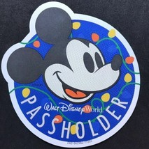 Walt Disney World Annual Passholder 2017 Christmas Holiday Mickey Mouse Magnet - $24.74