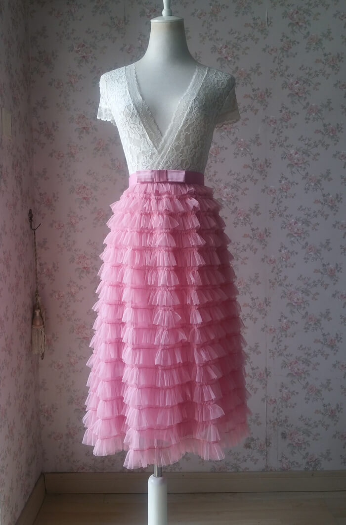 Pink tiered tulle midi skirt 2