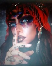 Haunted Gypsy owned love spell ring~beautiful,vintage,sparkling stones,d... - $120.00