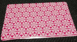 "Set Of 4 Same Kitchen Vinyl Non Clear Placemats (18""x12"") Pink Design By Gr - $15.83"