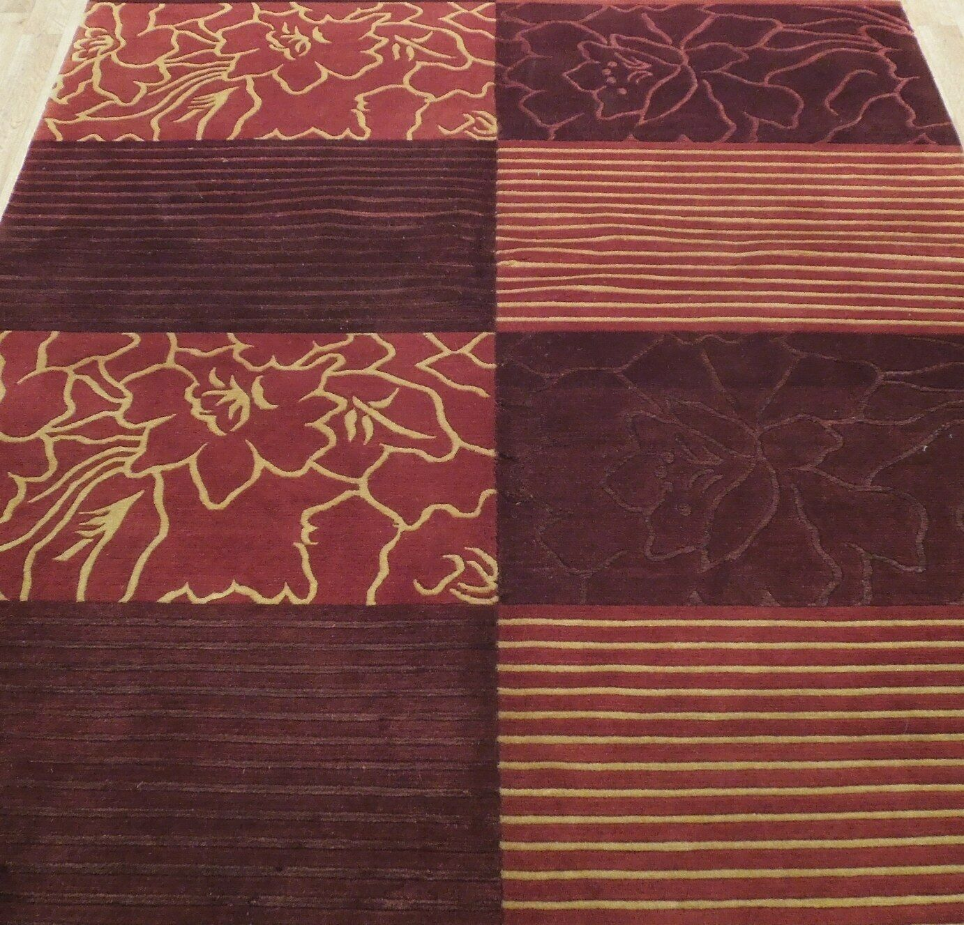 Abstract Shades of Red Gold stripes Handmade 6 x 8 Red Modern Wool & Silk Rug image 9