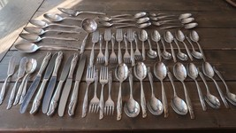 Vintage 1957 EXQUISITE by Rogers and Bros 60 Piece Flatware Set - $98.99