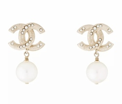 AUTHENTIC CHANEL Large Pearl CC Logo Dangle Drop Earrings Gold
