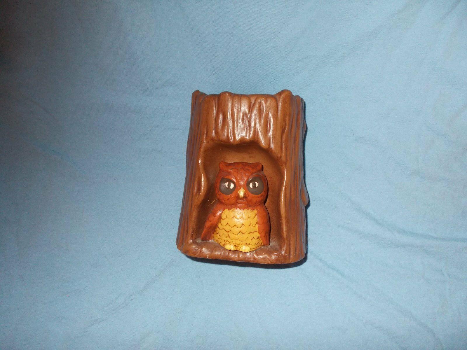 OWL FIGURINE MID-CENTURY FOR KITCHEN - DESK - UTENSIL HOLDER OWL SITTING IN LOG