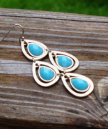 Single Earring, Faux Faceted Turquoise Cabochon, Brushed Gold Tone, Chan... - $2.00