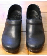 Dansko 40 9.5 10 Black Leather Classic Professional Clogs - $39.90