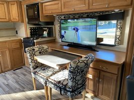 2016 Winnebago Vista LX WFE30T for sale by Owner - Todt hill, NY 10314 image 3