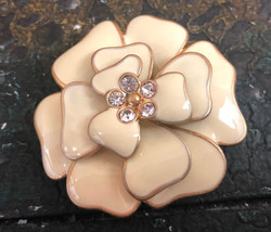 Vintage Cream and Gold Enamel Flower Pin Brooch Bling Center Gold Edge F... - $12.99