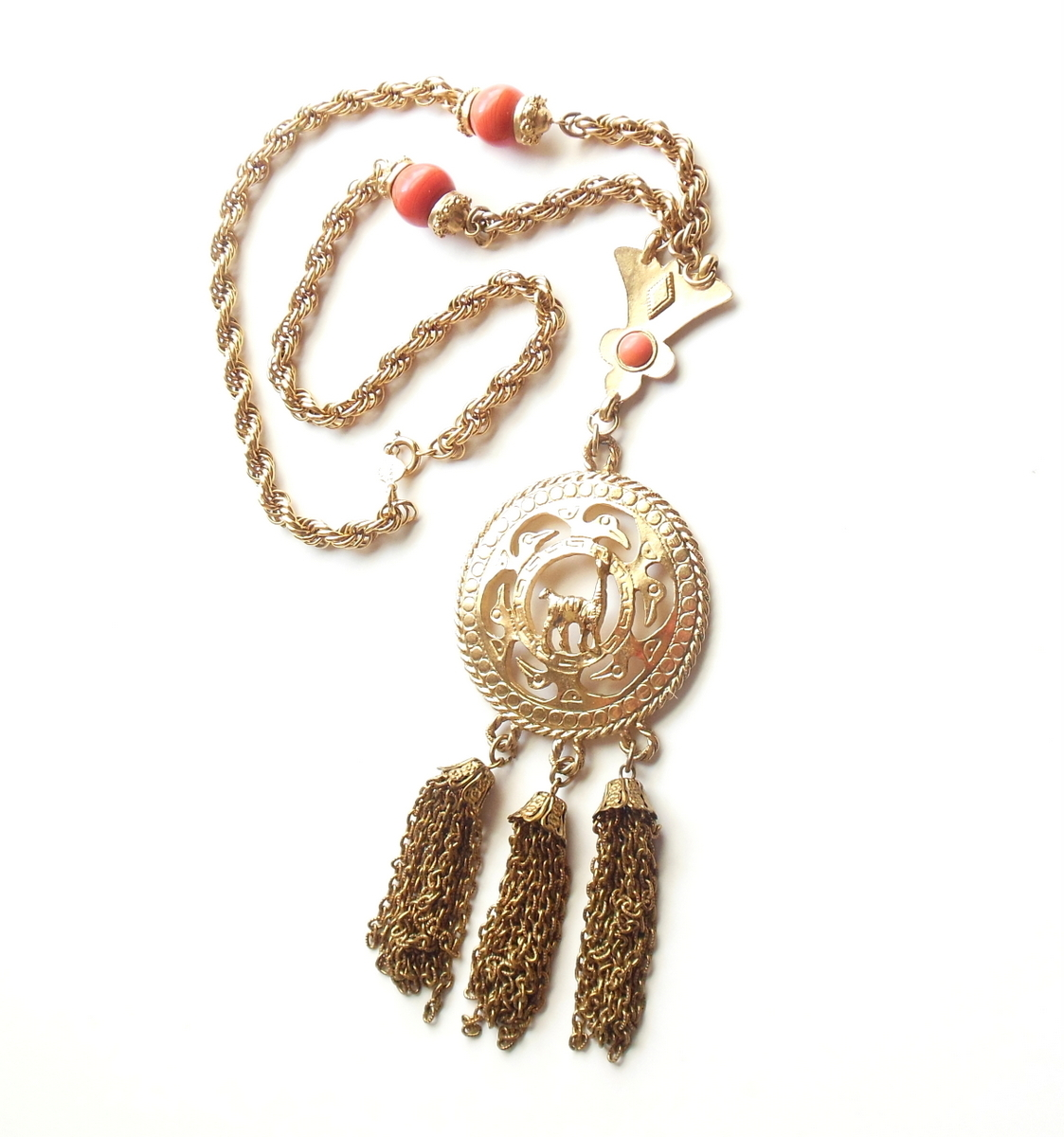 Vintage Accessocraft Pendant Necklace African Safari Giraffe Gold Tone Jewelry
