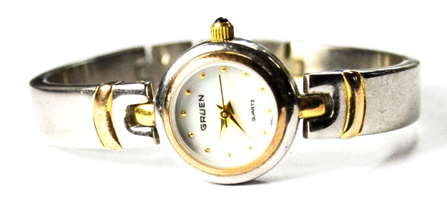 Women's Gruen Quartz Two Tone MOP Dial Wristwatch 18mm Bangle GU2148-040 - $19.79
