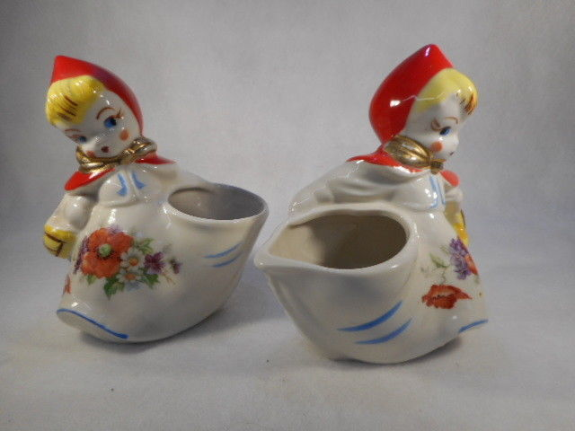 Vintage Hull Large Red Riding Hood Creamer and Open Sugar