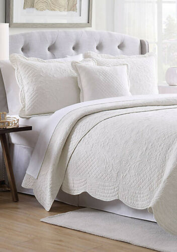 Primary image for Pillow Sham Modern Southern Home Quilted Standard Pillow Sham Scallop Tiles Whit