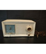 Vintage General Electric 1950's Alarm Clock Radio model C-401A USA made ... - $29.97