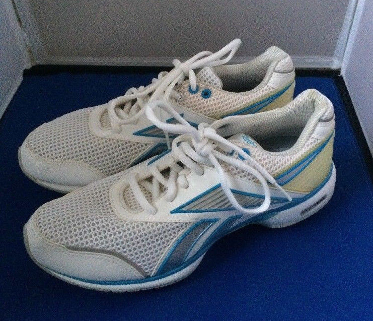 5fafc11e34732 S l1600. S l1600. Previous. Reebok Easytone Reinspire 2 Women s Running Shoes  Size ...