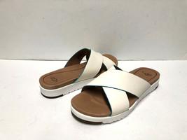 Ugg Kari Women Flip Flop Leather White Us 7 /UK 5.5 /EU 38 /JP 24 - $79.19