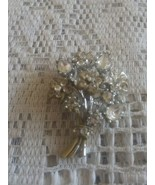 Vintage Clear Rhinestone Flower Bouquet Silver Tone Pin Brooch - $12.00
