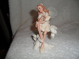 Fairy Figurine By Magic Garden Collection (Red Hair) - €11,03 EUR