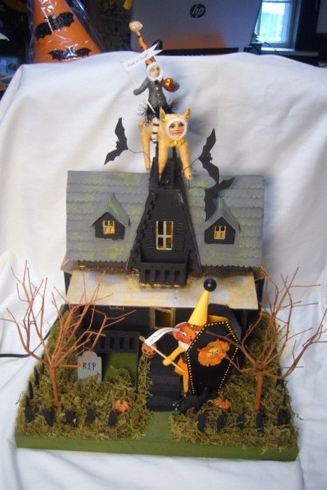 Bethany Lowe Haunted House & Vintage Spun Cotton  Figur