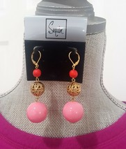 SEQUIN GOLD PLATED LEVER BACK PINK LUCITE DANGLE EARRINGS  - $12.99