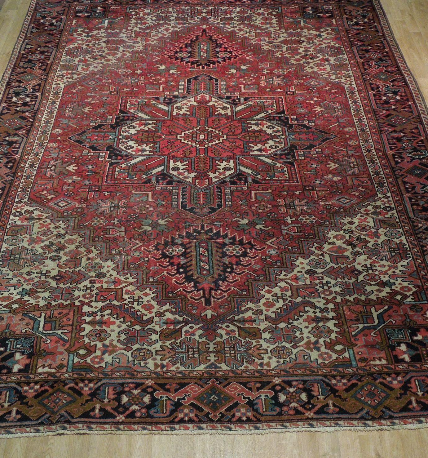 Normal Wear Semi-Antique Persian Handmade 9x12 Burgundy Heriz Wool Rug image 10