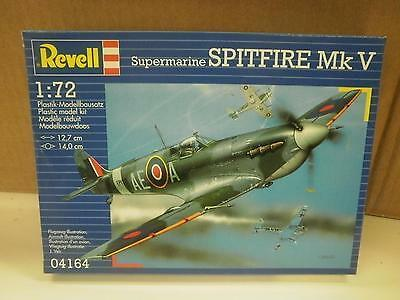 NEW MODEL- REVELL- 04164 SUPERMARINE SPITFIRE MK V- LEVEL 2- NEW- W50
