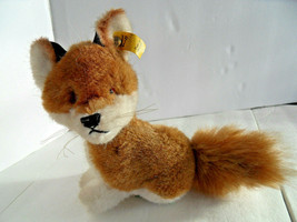 Steiff  fox small with button flagstuffed animal  made in Germany 2810 - $37.99