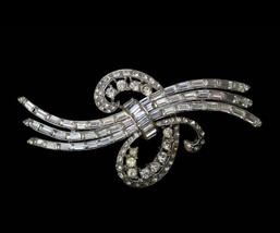 1940s 1950s Coro clear rhinestones brooch pin rhodium plated - $60.00