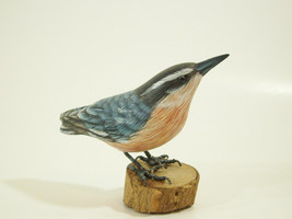 Red Breasted Nuthatch Hand Carved Painted Bird Figurine Figure Nut Hatch... - $29.69