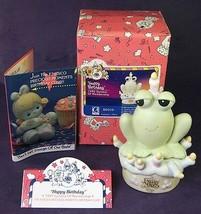 Precious Moments Hoppy Birthday Frog on Cake B0010 1995 Member Ship Symb... - $16.44