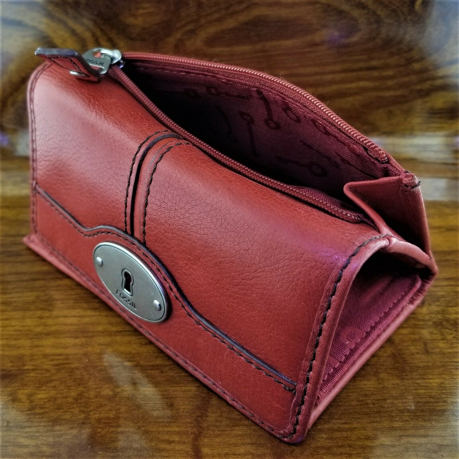 Womens FOSSIL Red Leather Keyper Tri Fold Credit Card Wallet Key Per Collection