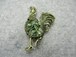 Vintage Green Aventurine Chips Rooster Brooch Pin Gold Tone Chicken - $16.99