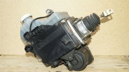 01-02 Mitsubishi Montero Limited Abs Brake Pump Assembly MR527590 MR407202 image 1
