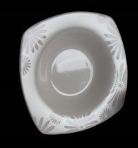 8 Alice Platinum Daisies Square Off-White Wide Rim 222 Fifth Soup Bowls EXC/NEW - $59.99
