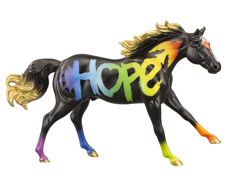 Hope 2021 horse of the year model breyer 691156 2000x