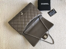 AUTHENTIC CHANEL GREY QUILTED CAVIAR TIMELESS CLASSIC FLAP BAG SILVER HARDWARE image 6