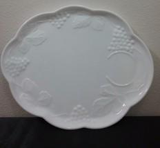 4 Vintage Indiana Colony Milk Glass Luncheon Snack Plates Harvest Grape set - $29.65